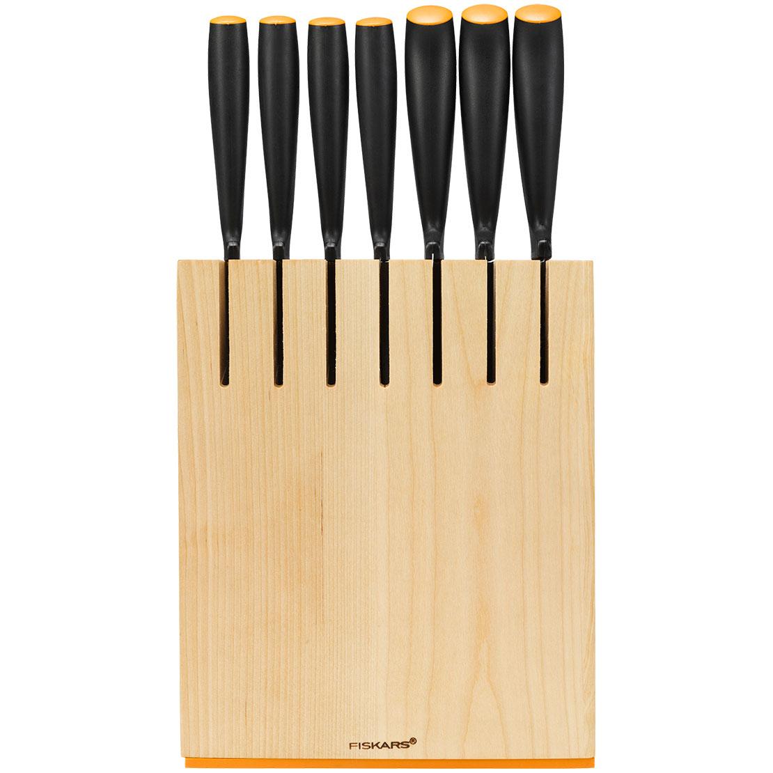 1014225-Fiskars-Knife-block-7-knives-wood.jpg
